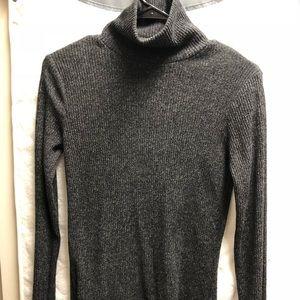 Mossimo gray turtleneck